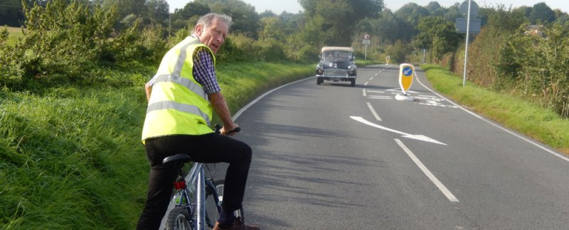 Alternating bollards force vehicles into bikes - Cllr John Lodge on Wenden Rd Pedestrian and Cycle Way