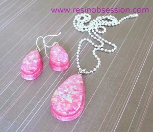 DIY resin jewelry