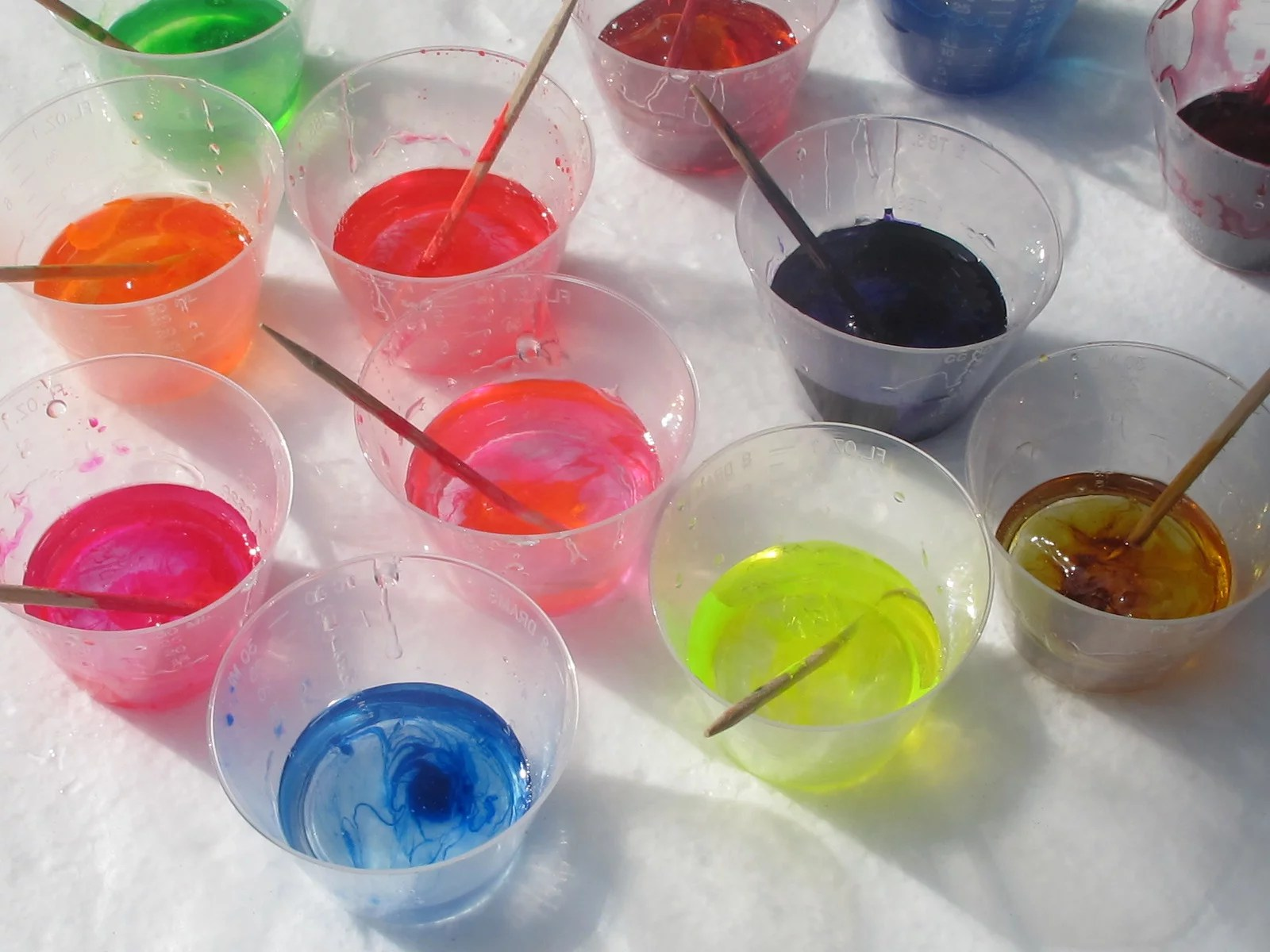 polyester resin coloring agents
