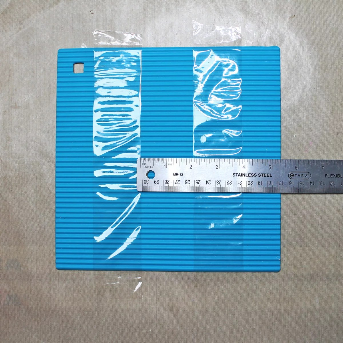 tape applied to silicone mat