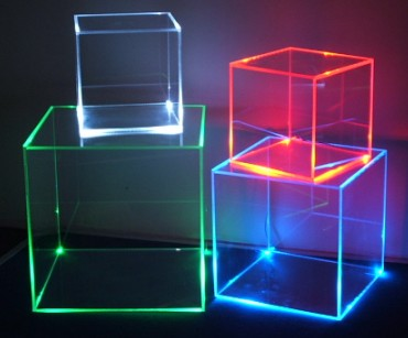 https://i2.wp.com/www.resistors-and-diodes-and-picchips-oh-my.co.uk/wp-content/uploads/2010/11/Led_Display_box_Retail_light_cube_exhibition_stand_showcase_shop_acrylic_plexiglas_perspex_lightbox_Visual_merchandising.jpg