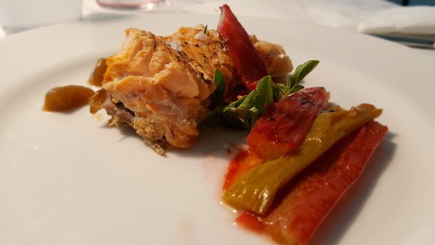 Ricetta del filetto di Salmone in padella con il Rabarbaro Italiano