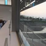 恩納村文化情報センター 2階図書フロア④ 夕日が見えました。