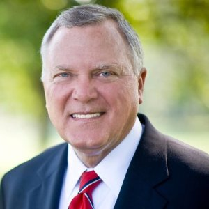 Gov. Nathan Deal headshot
