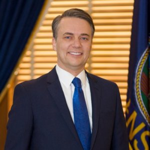 Gov. Jeff Colyer headshot