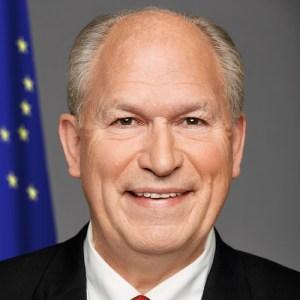 Gov. Bill Walker headshot