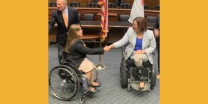 Policy Fellow Ana Kohout, a constituent of Illinois, shakes hands with Senator Tammy Duckworth.