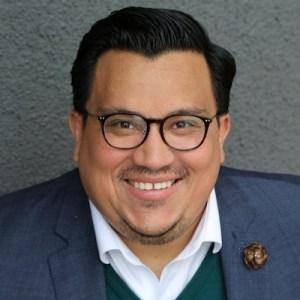 Jose Luiz Plaza smiling headshot