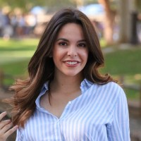 Kelley Cape smiling headshot