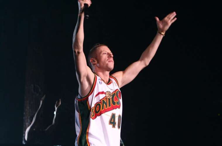 macklemore ft skylar grey