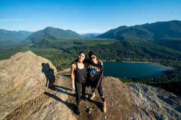 Krewella Talks Kurt Cobain, Hiking Rattlesnake Ledge, and Shares Advice For Other Artists In New Interview | Photo: Laine Kelly (https://www.facebook.com/LKMIXEDMEDIA/?hc_location=ufi)