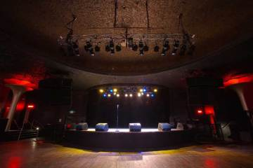What You Need To Know About Saving The Showbox Market