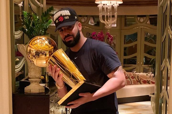 drake and the toronto raptors