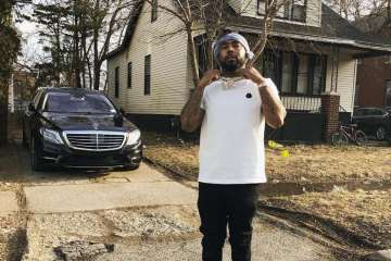 "Detroit's Icewear Vezzo Prays For ""No More Pain"" In New Powerfully Moving Visuals"