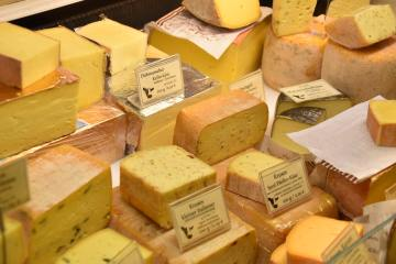 Cheese Strains: These Four Funky Cultivars Have Skunky Aromas And Super Sour Flavors