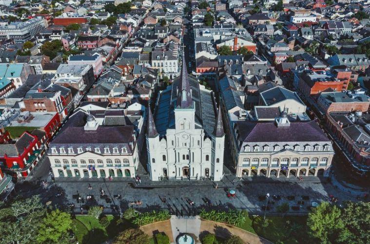 New Orleans City Council Decriminalizes Low-Volume Cannabis Possession and Pardons 10,000 Past Cases