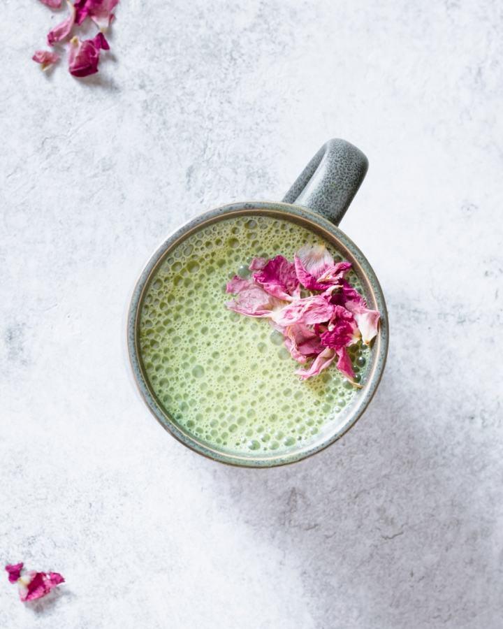 pandan cashew milk latte with rosebuds