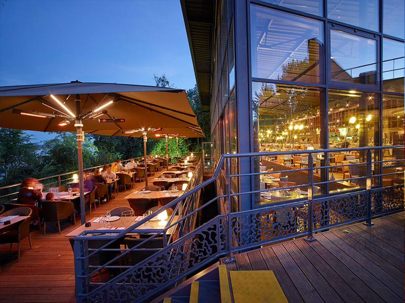 Les Photos Du Restaurant Merci 224 B 232 Gles En Bord De Garonne