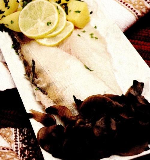 Cod cu ciuperci şi cartofi natur