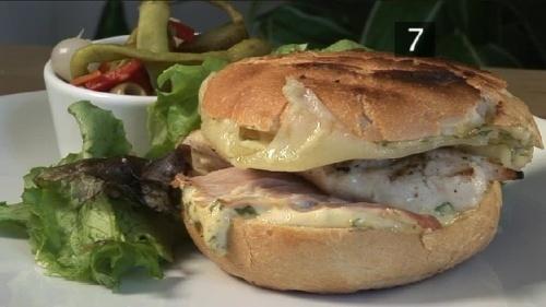 Cum se prepara Sandwich traditional cubanez (video)