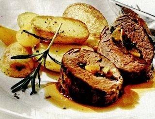 Friptura cu cartofi, piersici si migdale