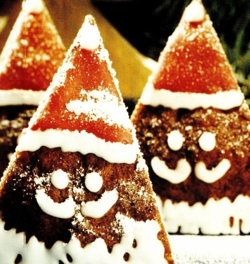 Moş Crăciun din turtă dulce