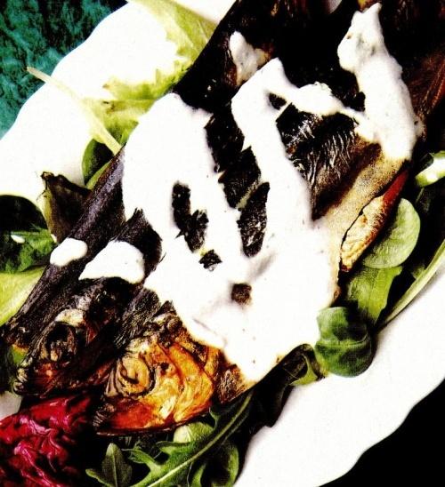 Peşte afumat cu sos de hrean