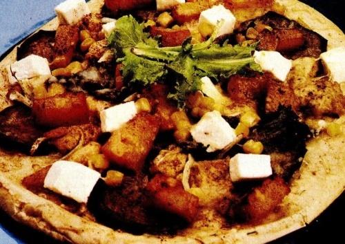 Pizza cu dovleac şi pui
