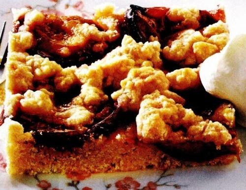 Prăjitura cu prune si aluat fărâmiţat