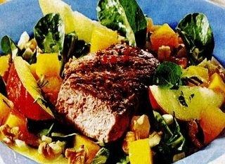 Salată cu dovleac si miel
