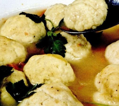 Supa cu galuste din paine