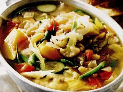 Supă uşoară de legume