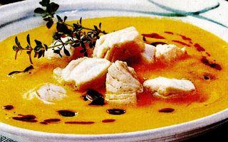 Supă de dovleac cu somon