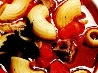 Supa de rosii cu melcisori
