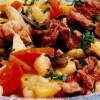 Mâncare cu 3 feluri de carne şi legume