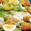 Salată cu bulgăraşi de brânză şi gulii