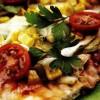 Pizza cu dovlecei şi fenicul