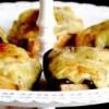 Felioare de pâine integrală la cuptor cu Roquefort şi chutney