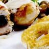 Rulada de pui cu prune uscate