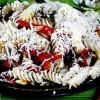 Salata de paste cu ardei copti