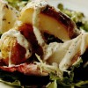 Salată de cartofi copţi cu sos de iaurt şi cumin