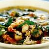 Supă de fructe de mare cu sălăţică