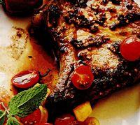 Cotlete cu piper si salsa de rosii