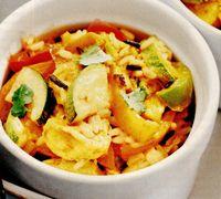 Curry de pui cu dovlecel si ardei gras