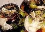 Murături asortate cu usturoi şi ardei iute