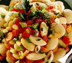 Salată de fasole boabe cu sos de muştar