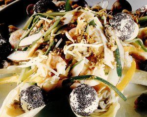 Salată savuroasă cu scoici şi creveţi