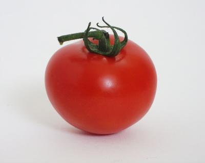 Retete vegetariene: Roşii umplute cu salată grecească