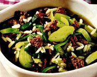 Supa de praz cu legume şi carne tocată