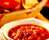 Tortillas în sos picant cu carne